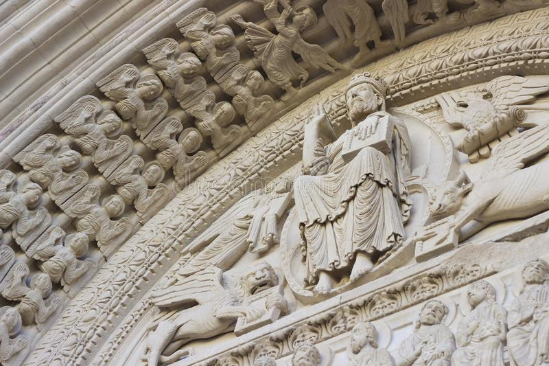 Chiesa della st Trophime in Arles, Provenza, Francia fotografie stock libere da diritti