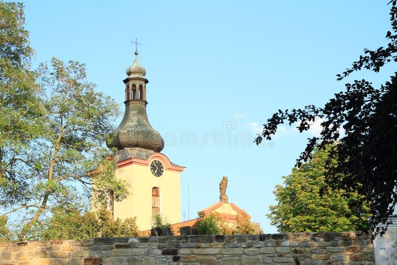 Chiesa della st Wenceslas in Budyne fotografie stock