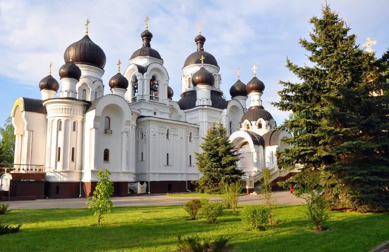 Chiesa delle donne sante del Mirra-cuscinetto in Baranovici belarus immagine stock