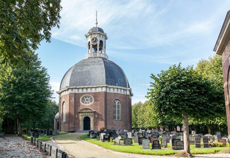 Chiesa di Berlikum in Frisia, Paesi Bassi fotografia stock libera da diritti