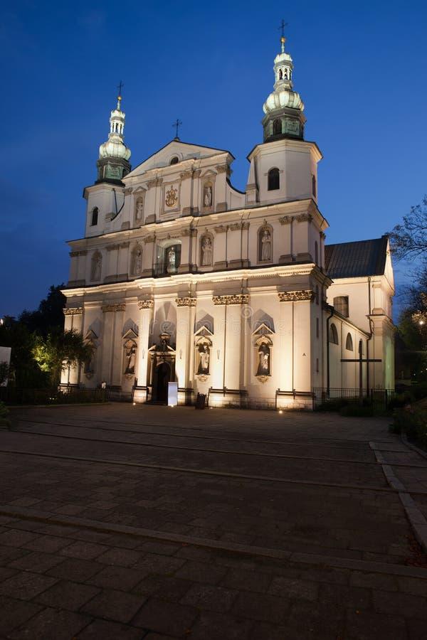 Download Chiesa Di Bernandine Alla Notte A Cracovia Fotografia Stock - Immagine di religioso, chiesa: 55361880