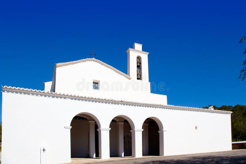 Chiesa di bianco di Ibiza Sant Mateu d Albarca San Mateo fotografia stock libera da diritti