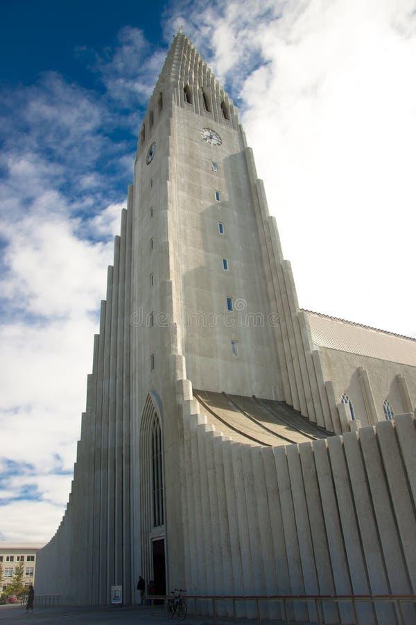Chiesa di Hallgrimskirkja Reykjavik - in Islanda fotografie stock libere da diritti