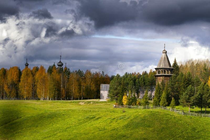 Chiesa di legno antica immagine stock libera da diritti
