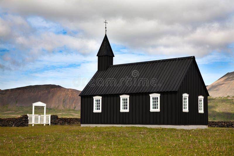 Chiesa di legno nera islandese fotografia stock libera da diritti