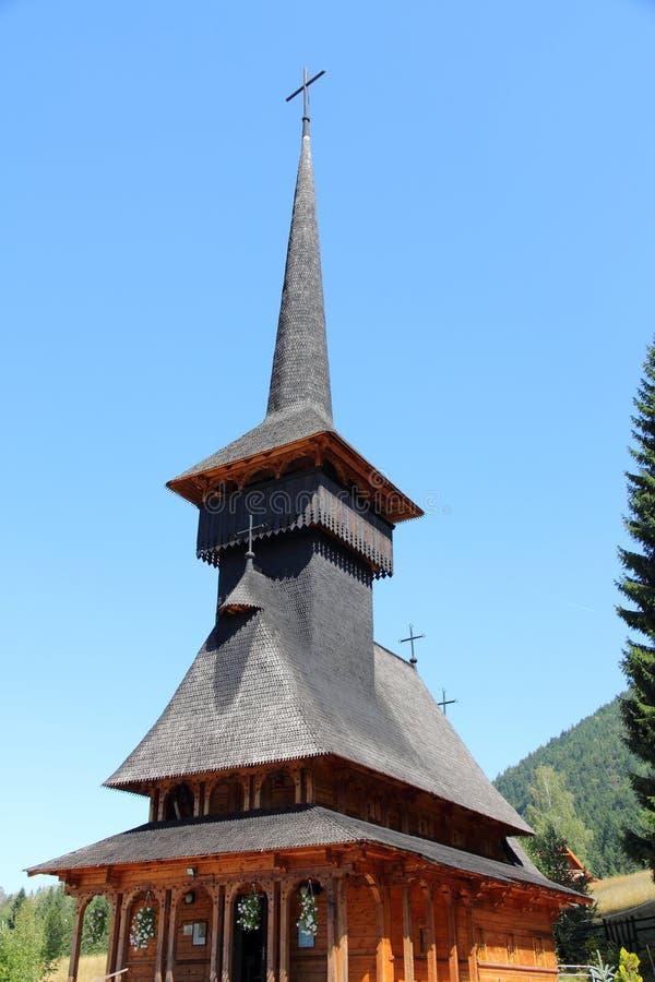 Chiesa di legno in Romania fotografie stock libere da diritti