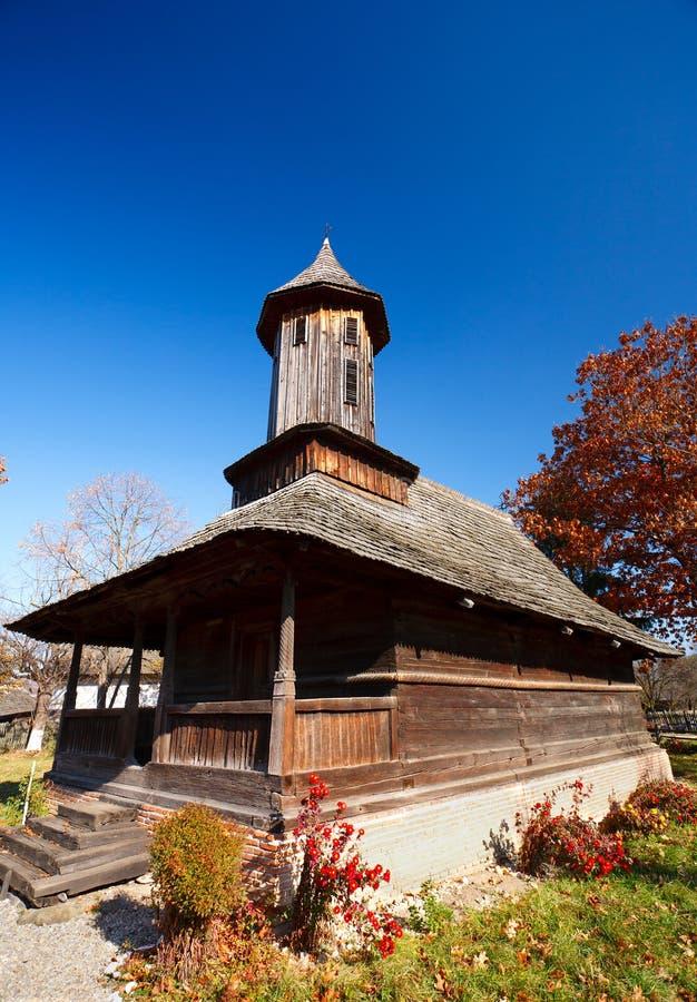 Chiesa di legno rumena fotografia stock