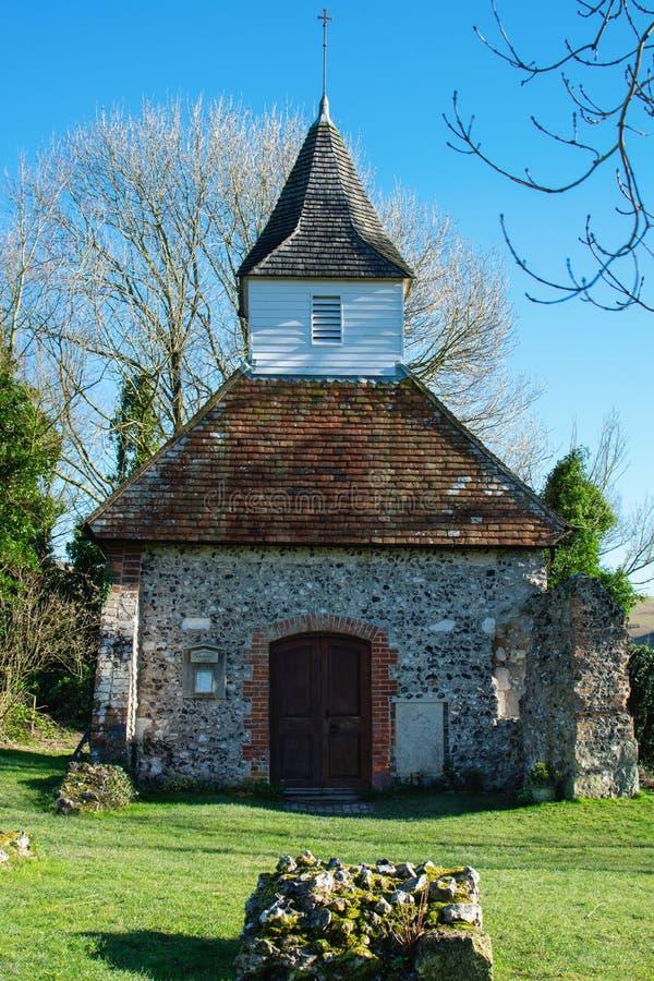Chiesa di Lullington, una dei più piccole in Inghilterra fotografia stock libera da diritti