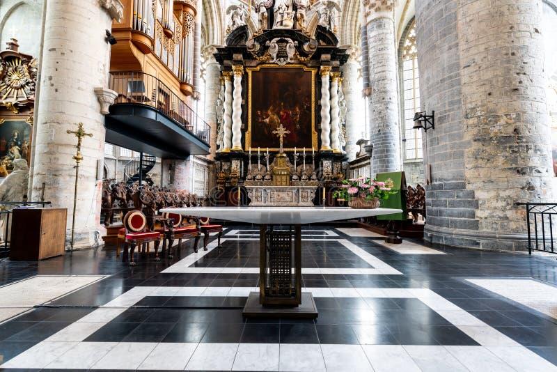 Chiesa di Nicholaus del san nel centro della città antica del signore fotografia stock libera da diritti