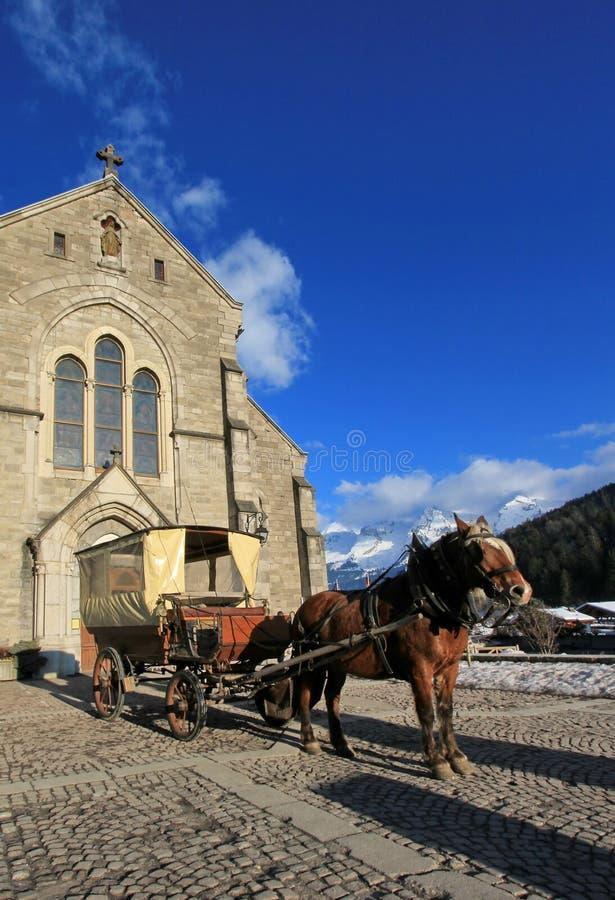 Chiesa di Notre-Dame de l'Assomption, Grande-Bornand, Francia fotografia stock libera da diritti