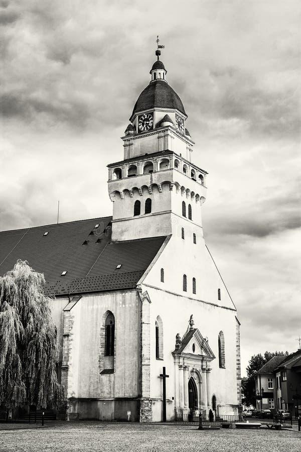 Chiesa di parrocchia dell'arcangelo Michael, Skalica, Slovacchia, bla del san fotografie stock libere da diritti
