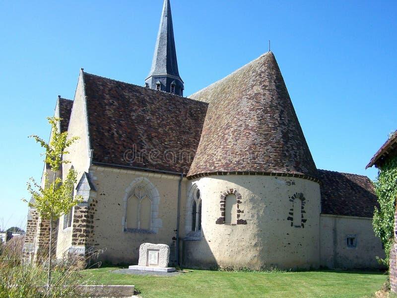 Chiesa di piccolo villaggio immagini stock