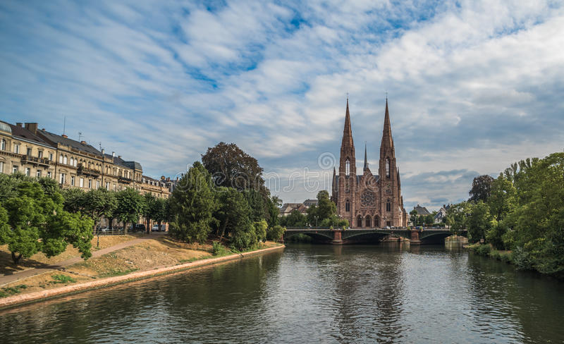 Chiesa di Saint Paul a Strasburgo, l'Alsazia, Francia immagine stock libera da diritti