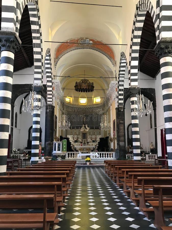 Chiesa di San Giovanni Battista, égua do al de Monterosso, Cinque Terre, Itália foto de stock royalty free