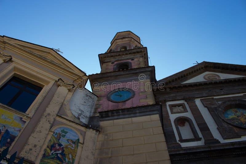 Chiesa di San Giovanni Battista uma égua do sul de Vietri foto de stock royalty free
