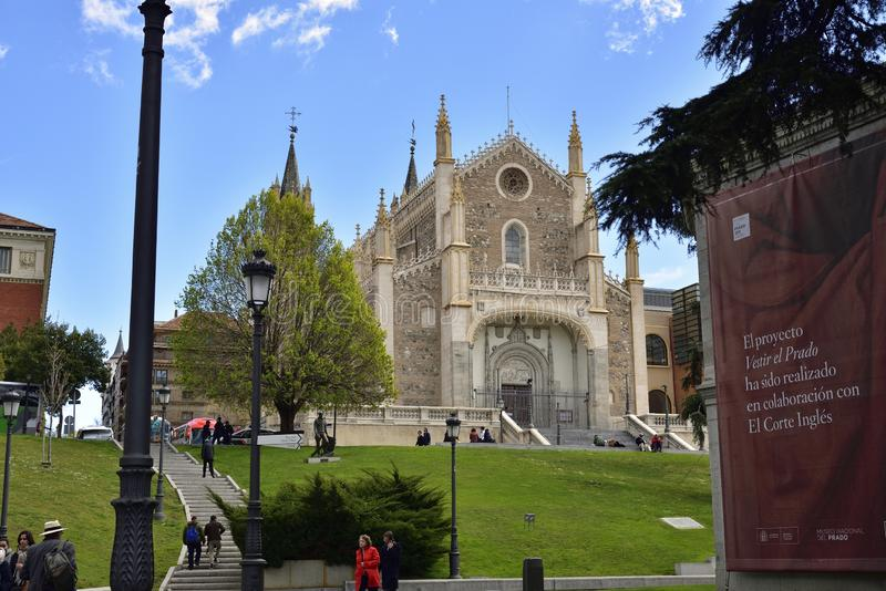 Chiesa di San Jeronimos San Jeronimo el Real in vista del Museo del Prado, Madrid immagini stock libere da diritti
