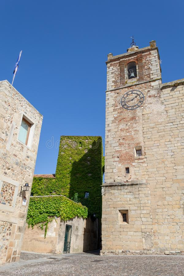 Chiesa di San Mateo a Caceres (Spagna fotografia stock libera da diritti