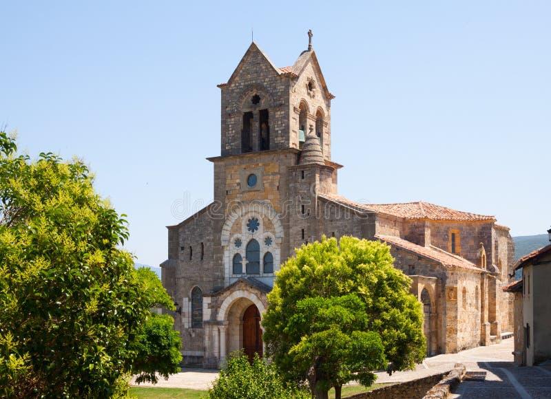 Chiesa di San Vicente Martir y San Sebastian in Frias immagini stock libere da diritti