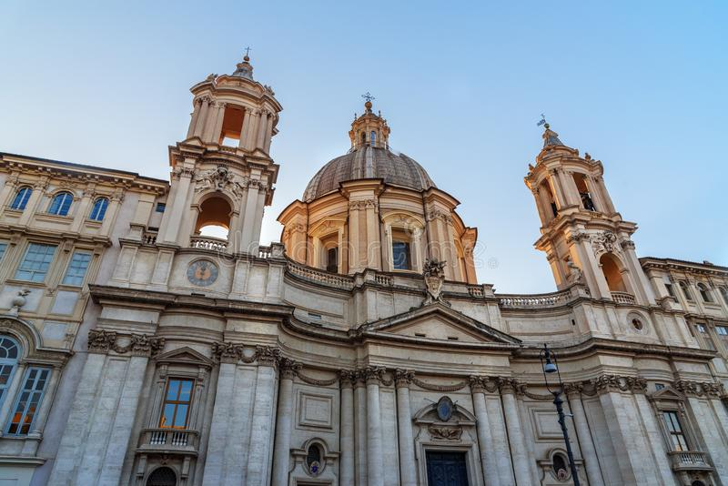 "Chiesa di Sant ""Agnese in Agone è chiesa in piazza Navona roma L'Italia immagini stock"