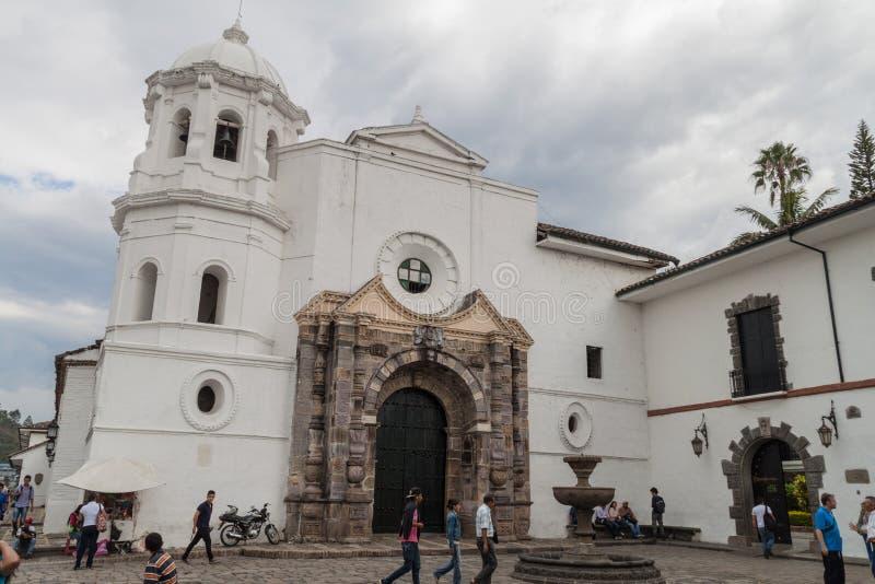 Chiesa di Santo Domingo in città coloniale Popayan immagine stock