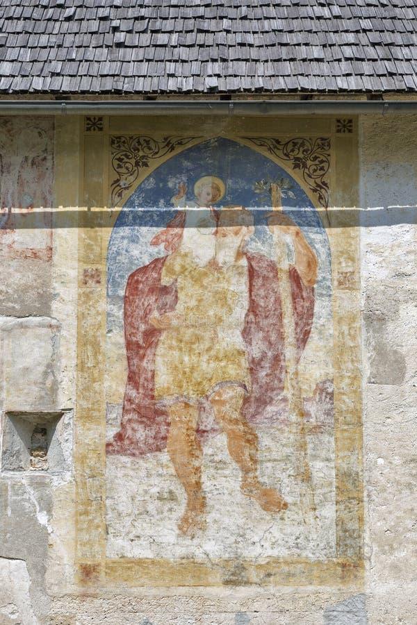 Chiesa di St John sul lago Bohinj in Slovenia immagini stock