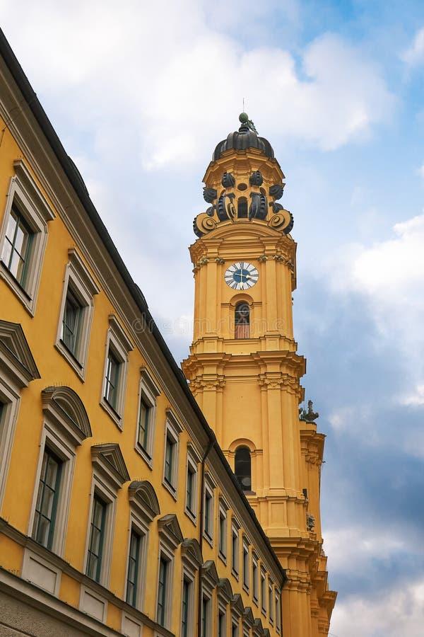 Chiesa di Theatine a Monaco di Baviera fotografie stock libere da diritti