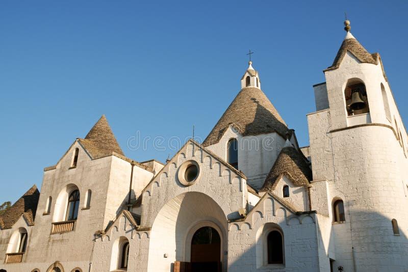 Chiesa di trullo di San Antonio di Alberobello fotografie stock libere da diritti