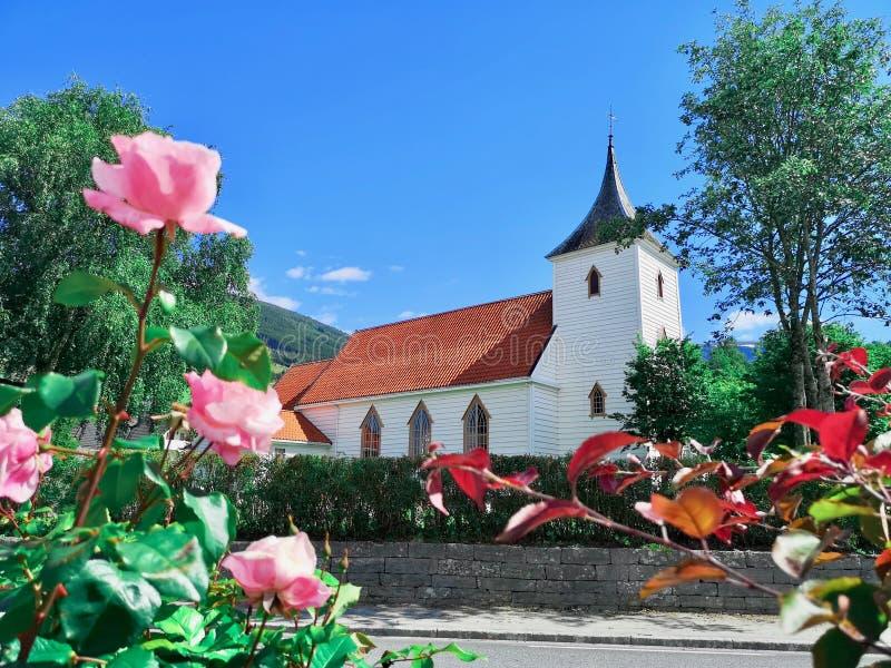 Chiesa di Utvik, Stryn, og Fjordane, Norvegia di Sogn fotografia stock libera da diritti