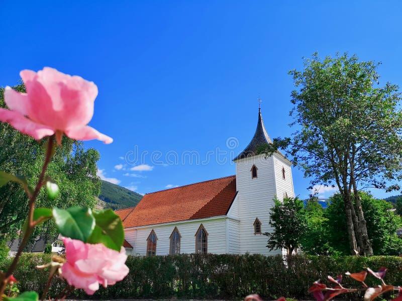Chiesa di Utvik, Stryn, og Fjordane, Norvegia di Sogn fotografie stock