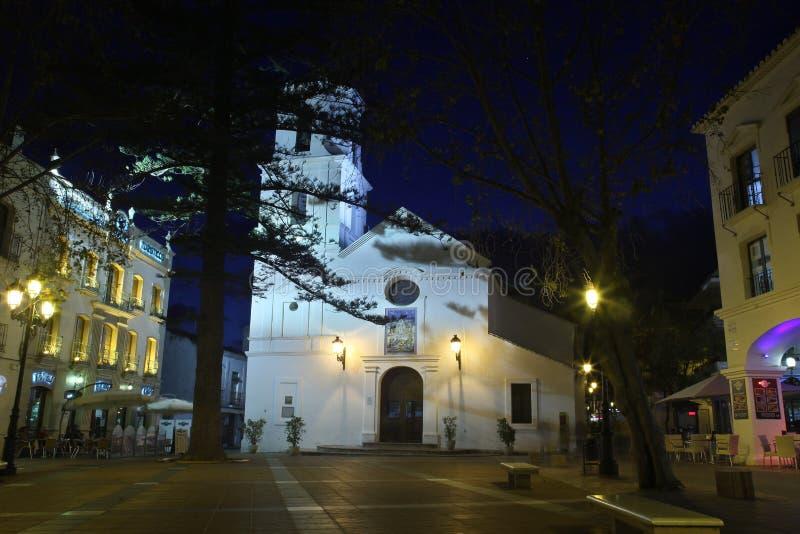Chiesa nel centro di Nerja fotografia stock