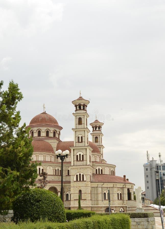 Chiesa ortodossa in città di Korce immagine stock libera da diritti