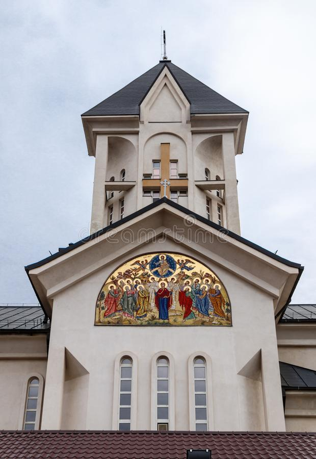 Chiesa ortodossa degli imperatori santi Costantina e Helena su Alexandru Odobescu Street nella città di Brasov in Romania immagine stock libera da diritti