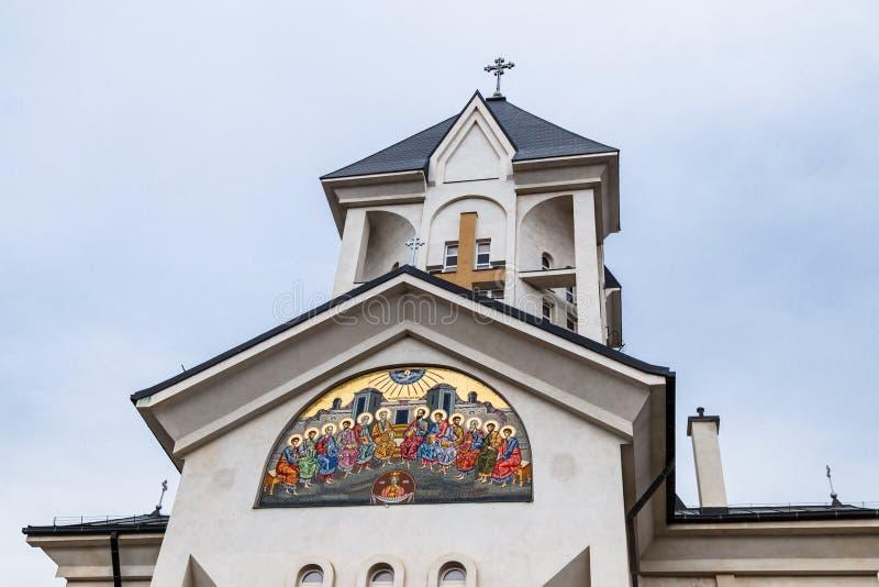 Chiesa ortodossa degli imperatori santi Costantina e Helena su Alexandru Odobescu Street nella città di Brasov in Romania fotografia stock