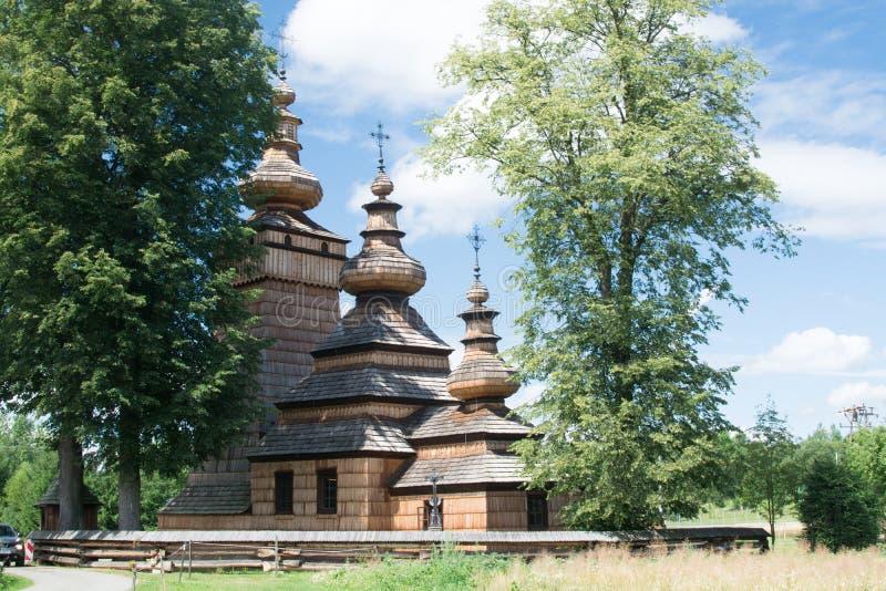 Chiesa ortodossa di legno in Kwiaton, Polonia fotografie stock
