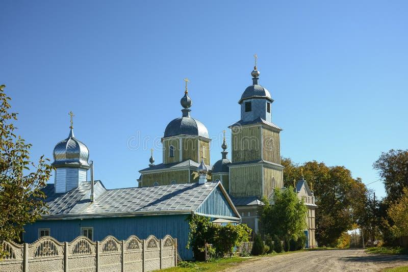 Chiesa ortodossa di legno di Vecchio-rito di Kozmodemianivska in Bila Krynyts fotografia stock