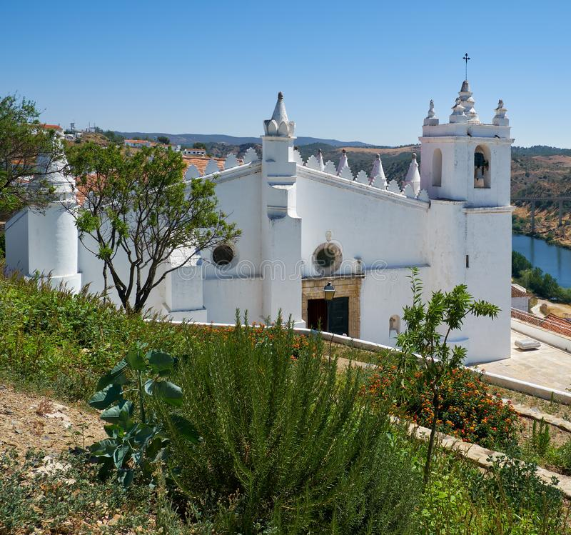 Chiesa principale - una precedente moschea (matriz di Igreja) Mertola Baixo l'Alentejo portugal fotografie stock libere da diritti