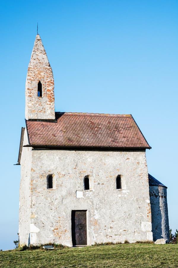 Chiesa romanica St Michael, Drazovce, Slovacchia fotografia stock