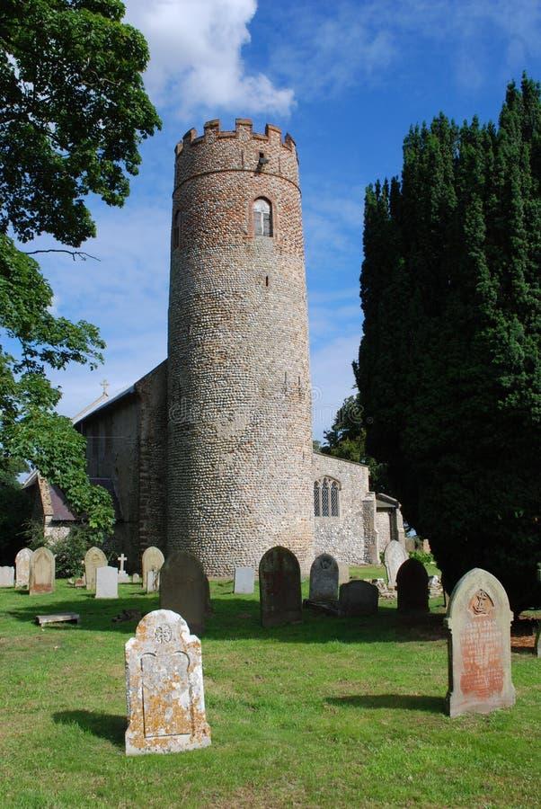 Chiesa rotonda della torre immagine stock libera da diritti