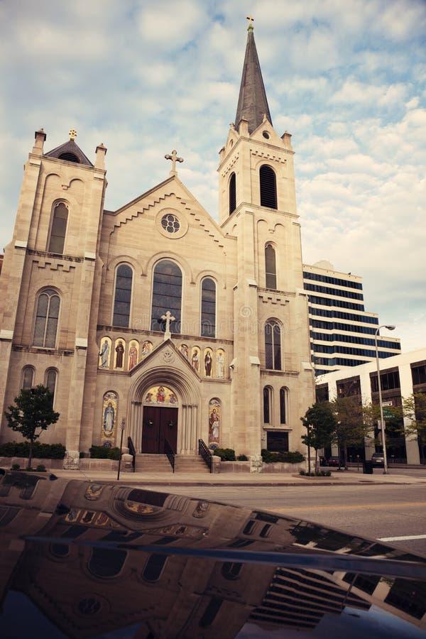 Chiesa sacra del cuore nel centro di Peoria fotografia stock