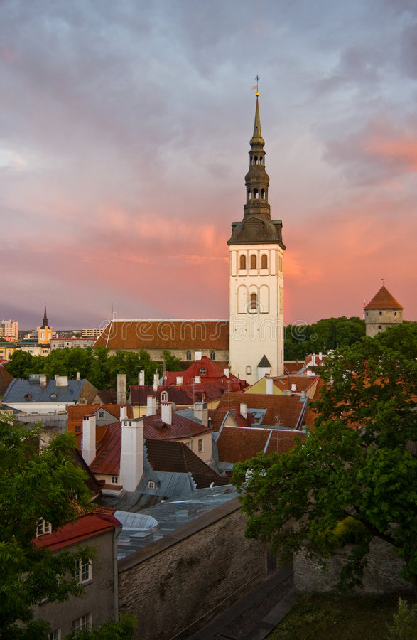 Chiesa San Nicola a Tallinn, Estonia fotografie stock libere da diritti
