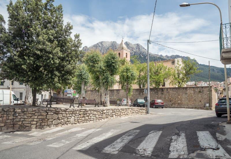 Chiesa Chiesa Santa Maria Maggiore, Oliena, piazza S Maria, sull'isola della Sardegna, l'Italia immagine stock