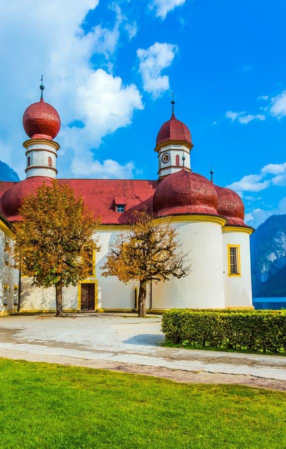 Chiesa St Bartholomew sul lago Königssee fotografia stock