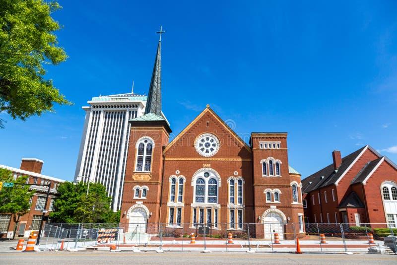Chiesa storica in un giorno del cielo blu a Montgomery nell'Alabama fotografie stock