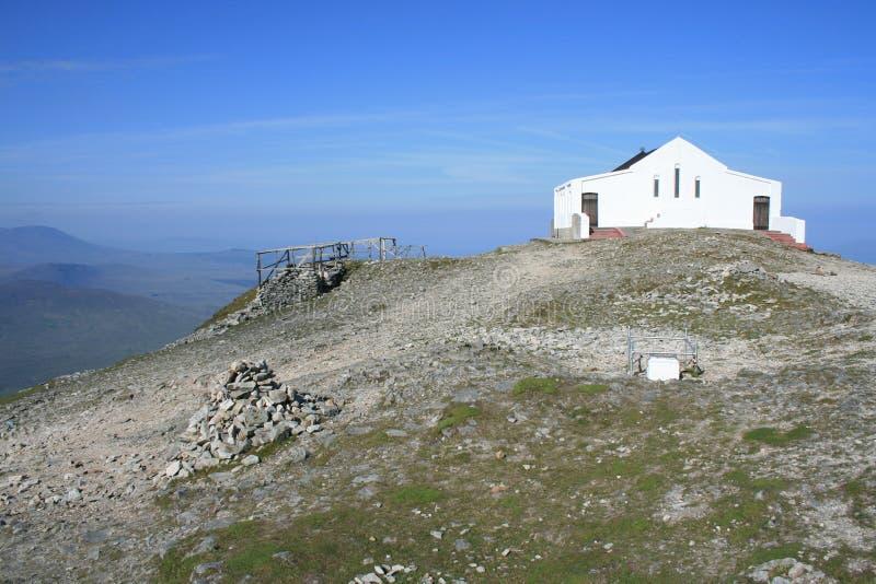 Chiesa superiore della montagna immagini stock