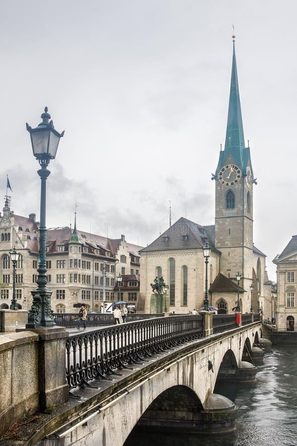 Chiesa Zurigo di Fraumunster immagine stock