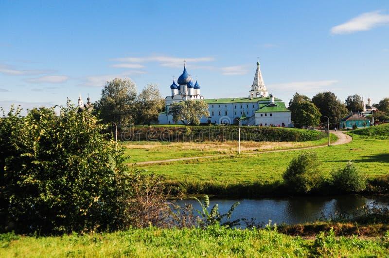 Chiese tradizionali russe a Suzdal fotografia stock libera da diritti