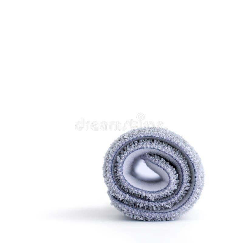 Chiffon de nettoyage démontable de plancher pour les balais de nettoyage, roulé, d'isolement sur le blanc images libres de droits