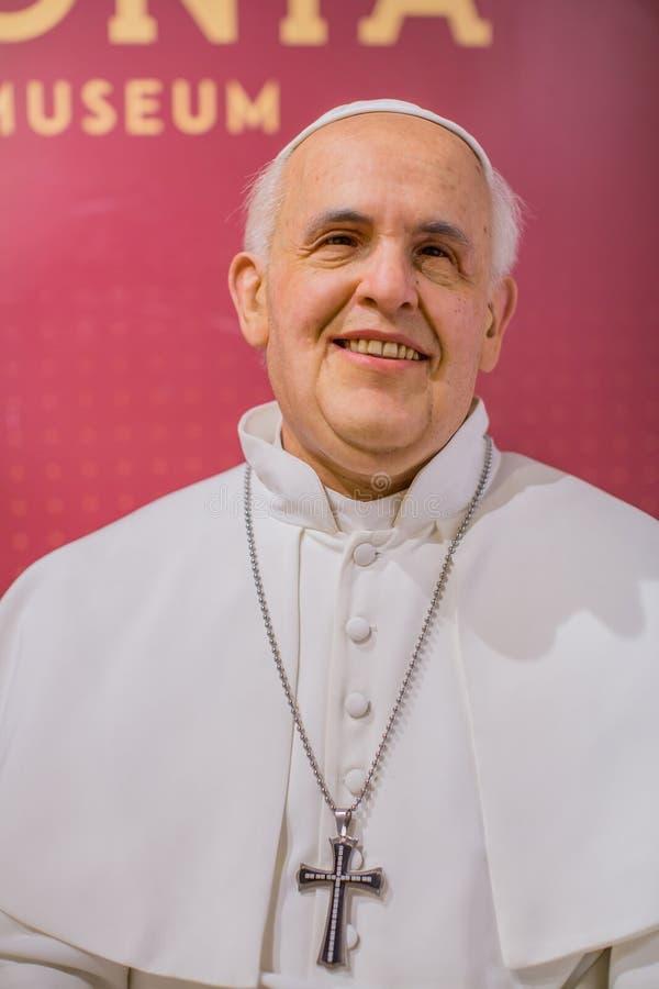 Chiffre de cire de pape Francis de musée de cire de Polonia à la place principale du marché photographie stock libre de droits