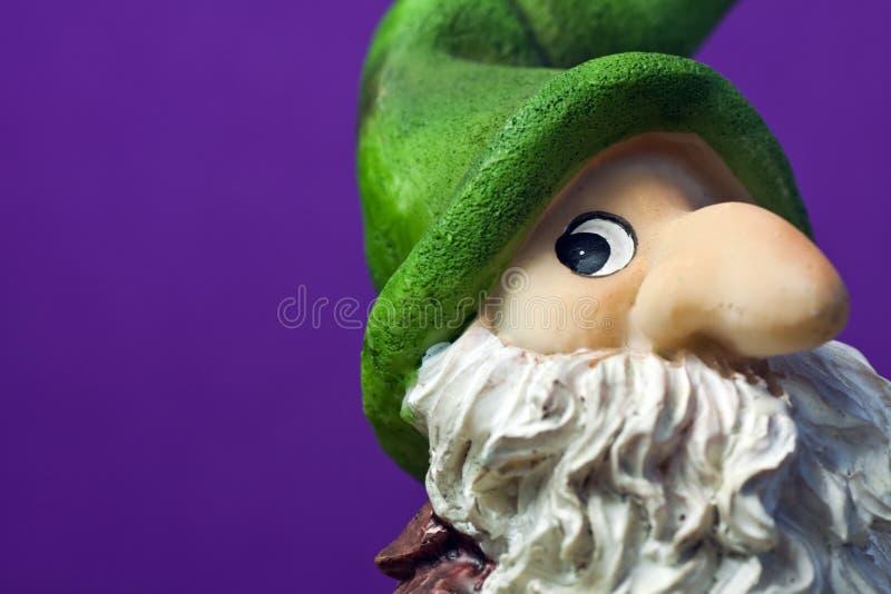 Chiffre en céramique d'elfe de Noël - instruction-macro images libres de droits