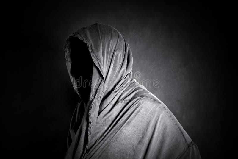 Chiffre fantomatique dans l'obscurité image libre de droits